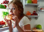 La Dieta Baja en Carbohidratos y Alta en Grasa Engaña a Su Cuerpo Haciéndolo Perder Peso - Rápido…
