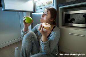 Dormir Mal Puede Ocasionar que Coma de Más al Día Siguiente