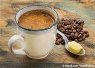 Añada 2 Cucharadas de Esta Mezcla de Aceite de Coco a Su Café Matutino Para Quemar Calorías