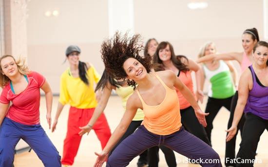 尊巴舞的例行步骤:摇晃身体