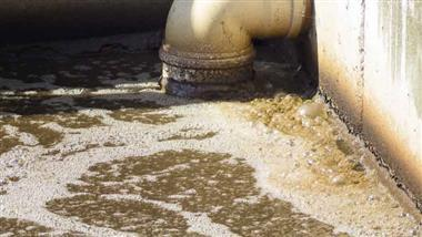 sewage sludge predicts COVID-19 outbreaks