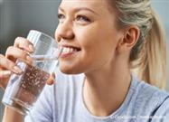 Drinking Water Helps Prevent Kidney Stones