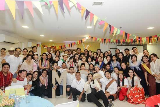 Manila Mercola Family