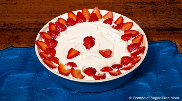 No Bake Strawberry Cream Pie Step9