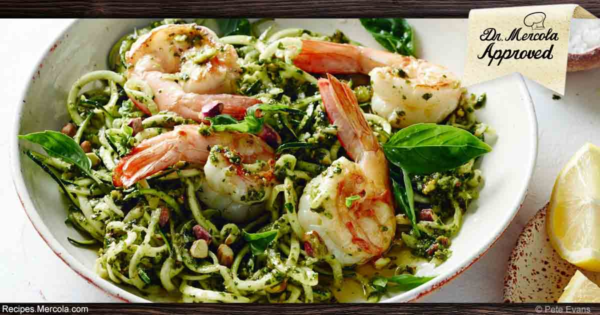 Ketogenic Spaghetti With Prawns, Pesto and Pistachios