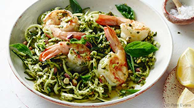 Fresh and Zesty Spaghetti With Prawns, Pesto and Pistachios Recipe