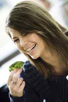 broccoli, cruciferous vegetable