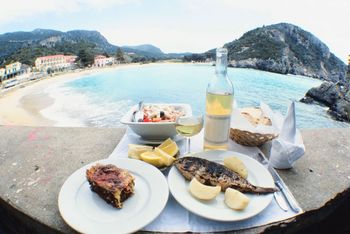 mediterranean diet, olive oil, extra-virgin olive oil, antioxidants, heart disease, diabetes