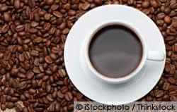 café oscuro mejora su salud