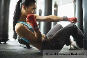 Entrainement fractionné de haute intensité et jeûne intermittent - une combinaison gagnante pour réduire la graisse et atteindre une condition physique optimale