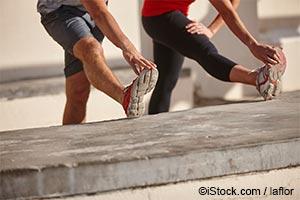 일반적인 스트레칭으로 근육과 힘줄이 손상될 수 있습니다.