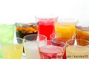 Un nouvel élément prouvant que les jus de fruits et les sodas augmentent le risque de goutte