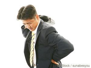 危険な薬剤を使わずに腰痛を治す方法