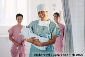 병원 분만이 저(低) 위험군 출산/임산부에게 더 안전하다는 가설.