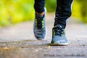 最新情報:毎日歩くと寿命が7年延びる