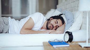Śpij więcej, aby ważyć mniej?