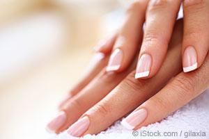 손톱으로 당신의 건강 상태를 체크하세요!