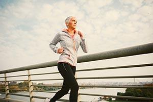 Mądre strategie dla osób zaczynających bieganie po 40 roku życia