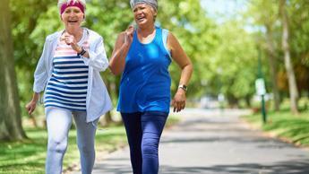 Deux heures de marche par semaine seulement diminuent la mortalité, toutes causes confondues