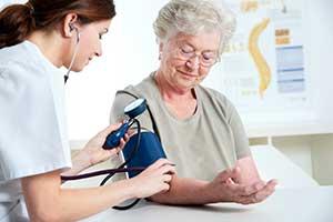 Fünf clevere Strategien um Ihren Blutdruck natürlich zu senken