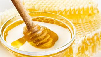 Manuka-Honig: Kann dieser Süßstoff chemische Mundwasser für die Verringerung Ihres Zahnbelags ersetzen?