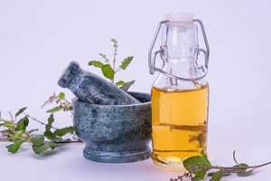Vivez une expérience purifiante sans pareil avec l'huile Tulsi