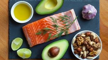 건강과 웰빙을 추구하는 대중들에게 주목을 받는 케토제닉 다이어트