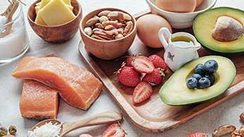 Le régime cétogène protège contre la maladie d'alzheimer en conservant votre cerveau jeune et en bonne santé