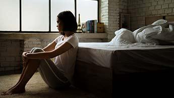 외로움은 치매에 걸릴 위험성을 40%만큼 높입니다