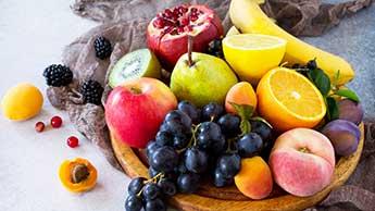 Perigos Surpreendentes para a Saúde Associados a uma Dieta Somente de Frutas