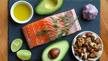 продукты, богатые здоровыми жирами