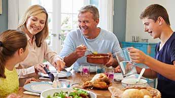 Gesundheitliche Vorteile von Familienmahlzeiten
