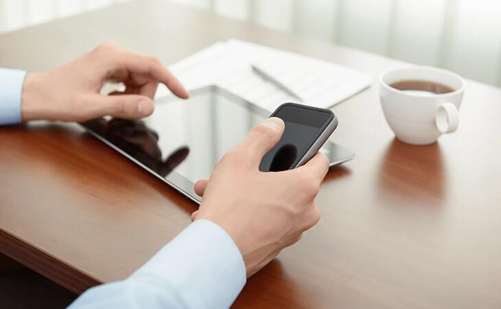 手机和 iPad 的使用