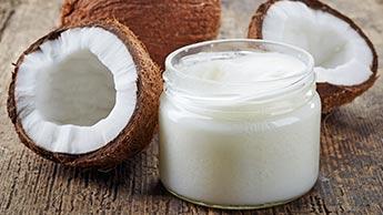 Unzählige Anwendungen für Kokosnussöl - einfache, fremde und geradezu verwegene