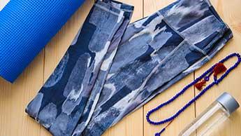 Dowód przeciwko spodniom do jogi i innej odzieży sportowej
