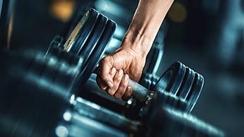 Trening siłowy może pomóc Ci żyć dłużej i zdrowiej