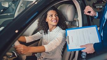 Que cache l'odeur d'une voiture neuve ?