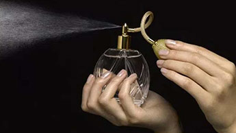 Vaporisation de parfum