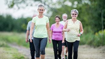 Codzienne spacery mogą zmniejszyć ciężkość pierwszego udaru