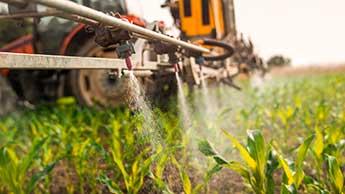 作物の農薬散布機
