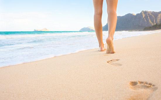 해변에서 걷기