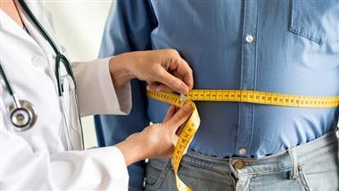 medindo uma barriga grande