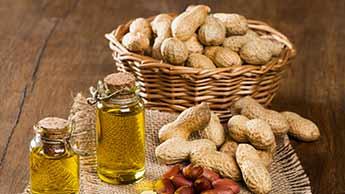 óleo de amendoim e amendoins