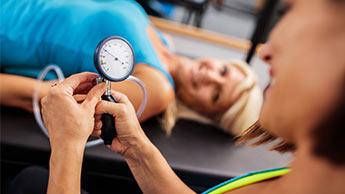 Será que os exercícios abaixam a pressão?