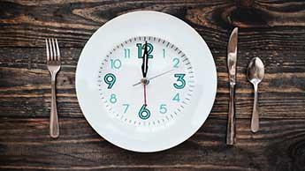 Die 22 größten Vorteile von intermittierendem Fasten