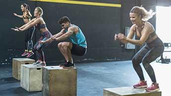 최단 시간으로 칼로리 소모를 최대화하는 10가지 운동
