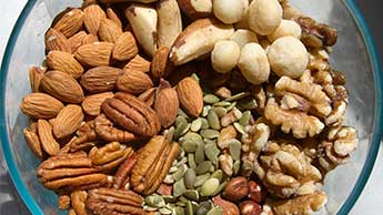 Fruits à coque et graines