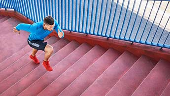 Высокоинтенсивные упражнения снижают рост злокачественных клеток в толстой кишке