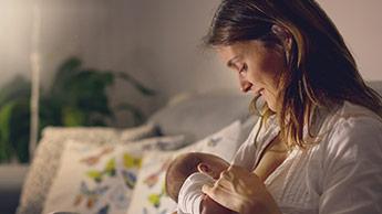 В материнском молоке обнаружены новые клетки иммунной системы