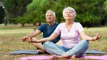 Meditierende Menschen